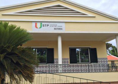Universidade de São Tomé e Príncipe